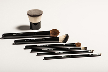 Makeup brushes from GRACE