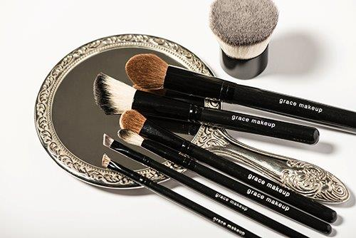 grace brushes